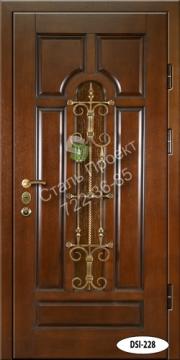 входные двери для коттеджа кованные